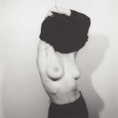 Части тела: Обнаженные женщины на фотографиях 70х-80х годов. Изображение № 24.