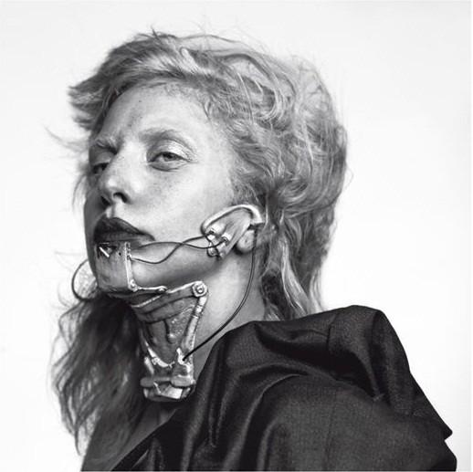 Съёмка: Леди Гага для Vogue. Изображение № 6.