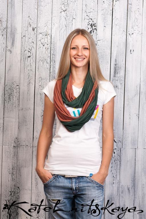 Осенняя коллекция ярких шарфов-снудов. Изображение № 11.