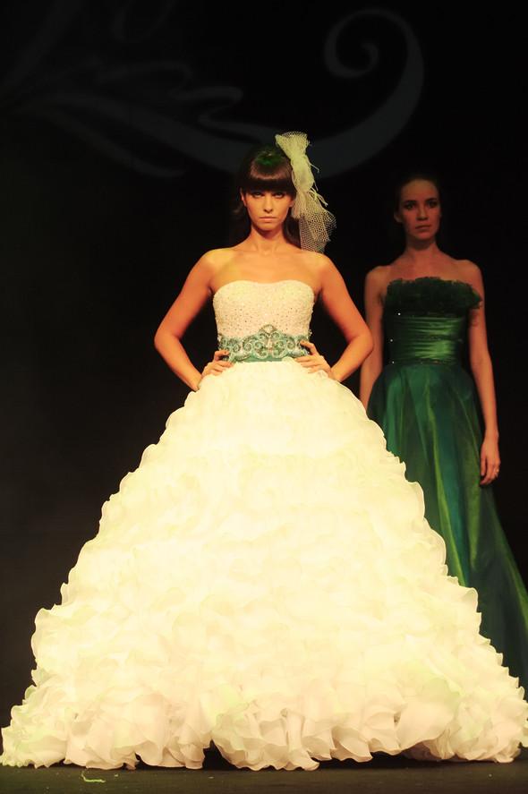 Mercedes-Benz Fashion Week Russia. День второй. Изображение № 4.