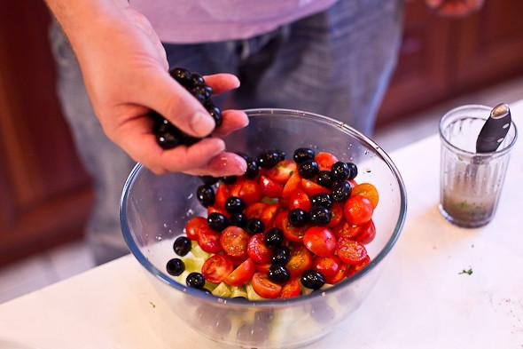Овощное рагу, гаспачо, греческий салат: Настоящий осенний обед. Изображение № 43.