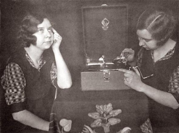 Домашние фото-эксперименты вдовоенном СССР. Изображение № 11.