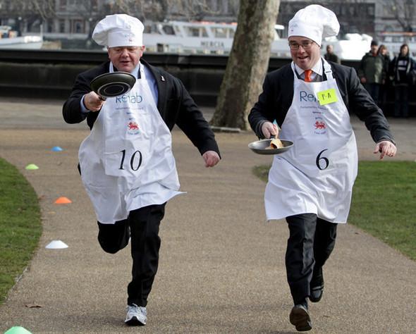 Англия: блины и политика. Изображение № 5.