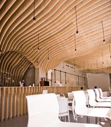 Под стойку: 15 лучших интерьеров баров в 2011 году. Изображение № 32.