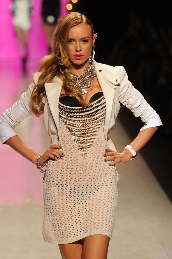 New York Fashion Week: Betsey Johnson Spring 2012. Изображение № 64.