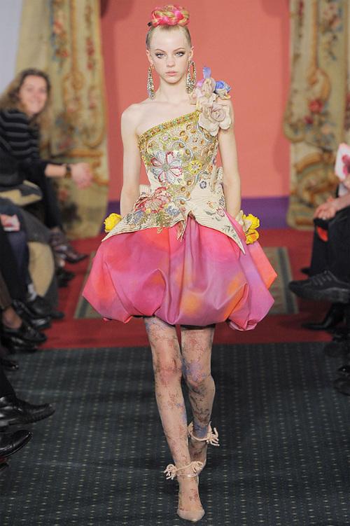 Неделя высокой моды вПариже: Кристиан Лакруа. Изображение № 5.
