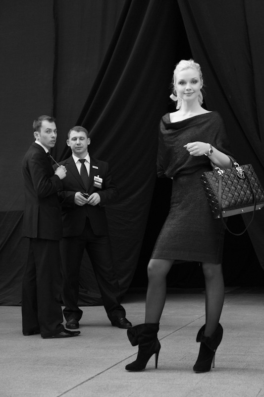Изображение 9. За кулисами своего показа Мария Рыбальченко предсказала будущее, окунулась в прошлое, живя настоящим.. Изображение № 9.