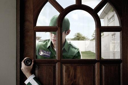 Улыбчивая реклама отАнушай Сечарунпутонг. Изображение № 14.