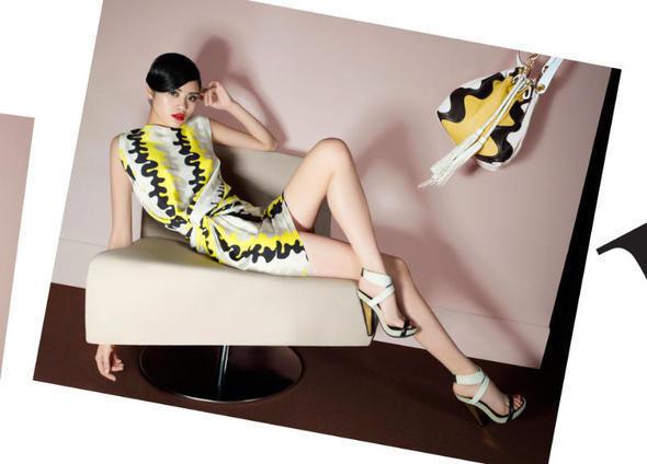 Изображение 18. Рекламные кампании: Diane von Furstenberg, Karl Lagerfeld, McQ и другие.. Изображение № 5.