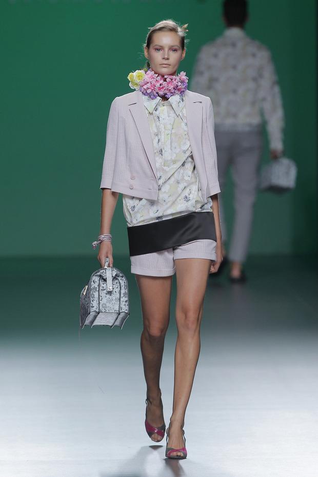 Madrid Fashion Week SS 2013: DEVOTA & LOMBA . Изображение № 4.