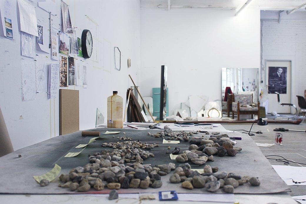 Рабочее место: Художница Алисия Кваде о трансформации реальности. Изображение № 3.