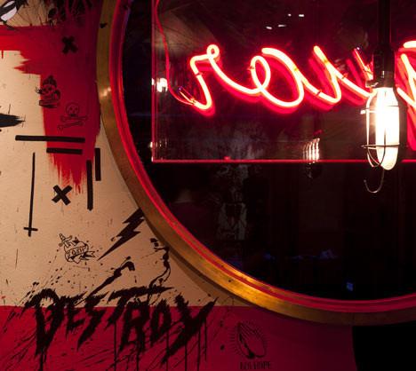Под стойку: 15 лучших интерьеров баров в 2011 году. Изображение № 15.