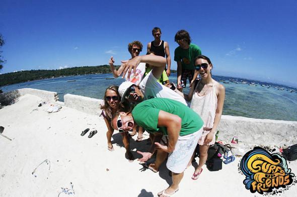SurfsUpFriends - серфинг лагерь на Бали в ноябре. Изображение № 7.