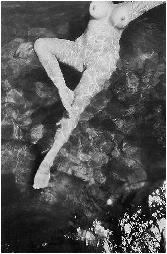 Работы французского фотографа Henri Cartier-Bresson. Изображение № 5.