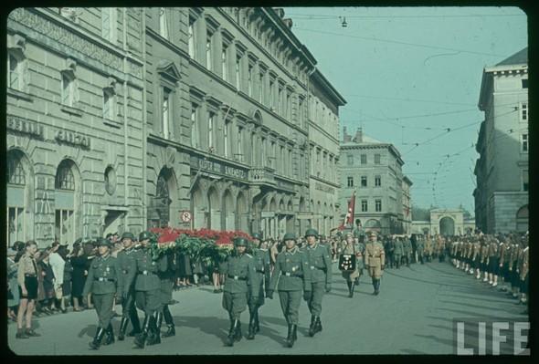 100 цветных фотографий третьего рейха. Изображение №57.