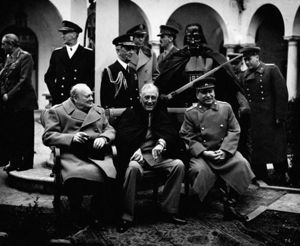 Дарт Вейдер и Сталин от Agan Harahap. Изображение № 12.
