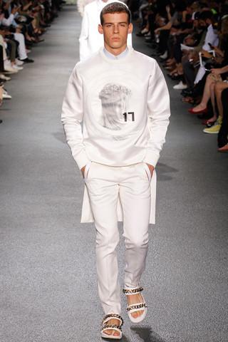 Неделя мужской моды в Париже: День 3. Изображение № 17.
