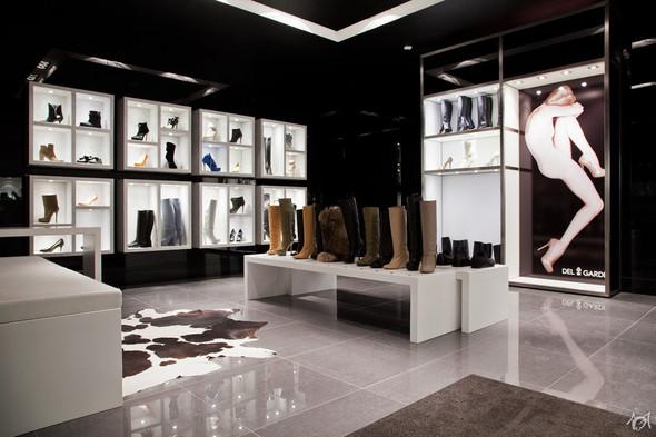 В Латвийской столице открылся бутик-ателье итальянской марки Del Gardi. Изображение № 10.