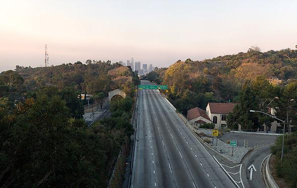 Мертвый город. Лос-Анджелес. Изображение № 15.