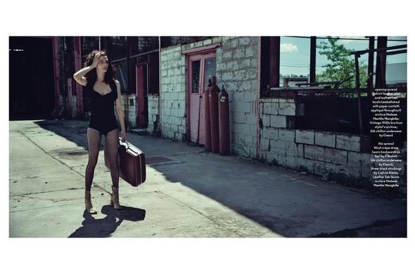 Съёмка: Рейчел Вайс для AnOther. Изображение № 1.