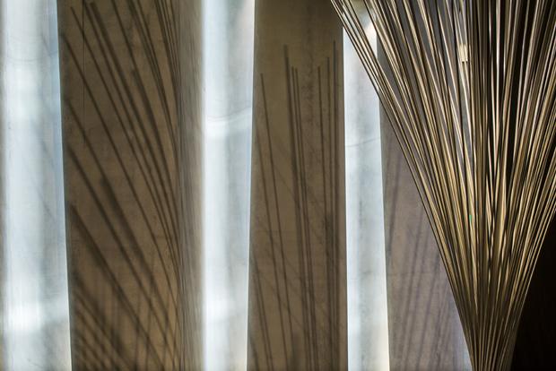 Архитектура дня: музей сволнистым фасадом изнержавеющей стали. Изображение № 11.