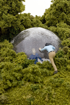 Нетрадиционный подход кфигуркам встеклянном шаре. Изображение № 17.