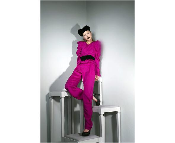 Новые коллекции: Acne, Dior, Moschino, Viktor & Rolf. Изображение № 38.