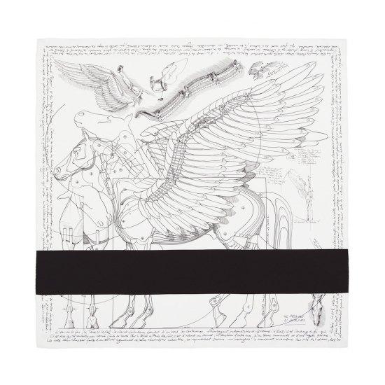 Рей Кавакубо создала платки для Hermes. Изображение № 5.
