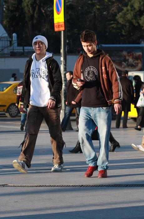 Можно либыть модным, живя вСтамбуле?. Изображение № 18.