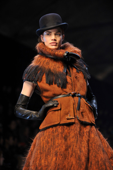 Jean Paul Gaultier for Hermes (fall-winter 2010). Изображение № 8.