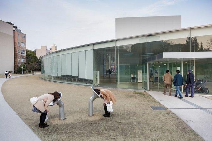 Фотограф: Jeremie Souteyrat / Здание: 21st Century Museum of Contemporary Art (Каназава, Япония) / Бюро:  SANAA / Категория: «Эксплуатация». Изображение № 16.