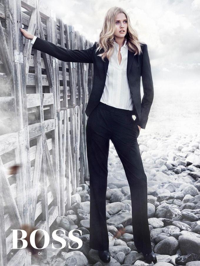 Вышли кампании Dior, Prada, Louis Vuitton и других марок. Изображение № 20.