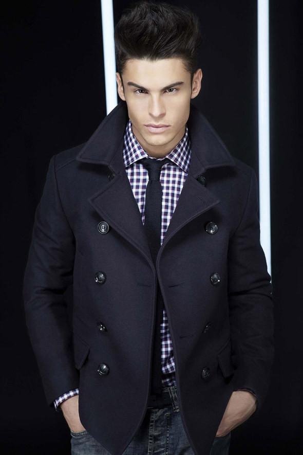 Изображение 22. Лукбуки: Bergdorf Goodman, Lagerfeld и Armani Exchange.. Изображение № 21.