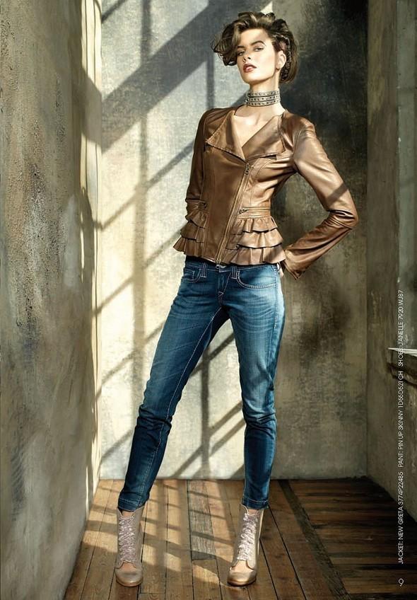 Лукбук: Fornarina Jeans FW2011. Изображение № 4.