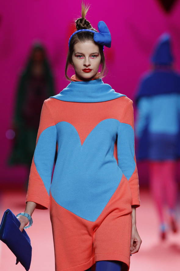Испанцы Fall Winter 2011/2012: AGATHA RUIZ DE LA PRADA. Изображение № 10.