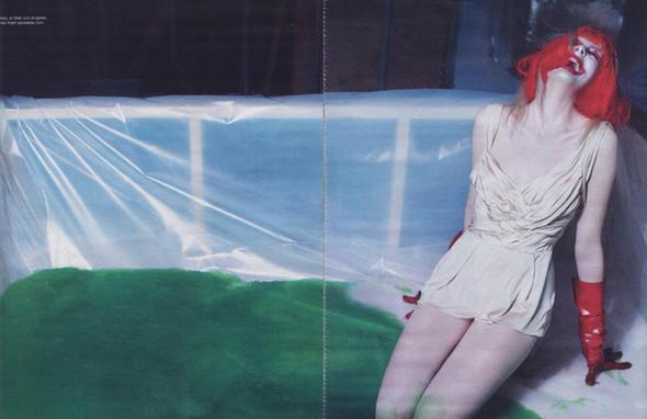 Архивная съёмка: Дейзи Лоу и Джорджия Фрост в объективе Стивена Кляйна. Изображение № 9.