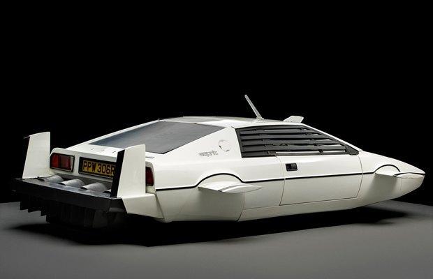 Элон Маск купил субмарину Джеймса Бонда. Изображение № 2.