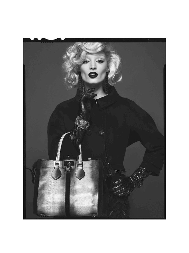 Вышли новые лукбуки Joie, Roberto Cavalli, Juicy Couture и других марок. Изображение № 217.