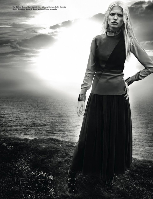 Daphne Groeneveld для i-D Spring. Изображение № 12.