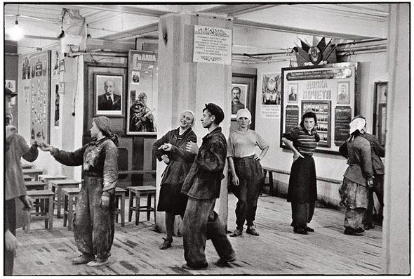 Советская Москва глазами Анри Картье-Брессона. Изображение № 5.