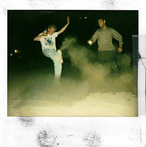 20 фотоальбомов со снимками «Полароид». Изображение №143.