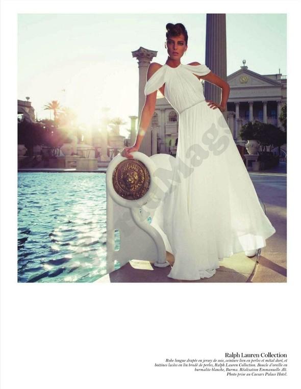 Съёмка: Дарья Вербова для французского Vogue. Изображение № 42.