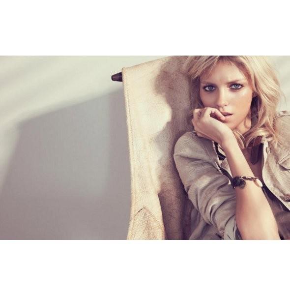 Рекламные кампании: Oysho, Zara и другие. Изображение № 25.