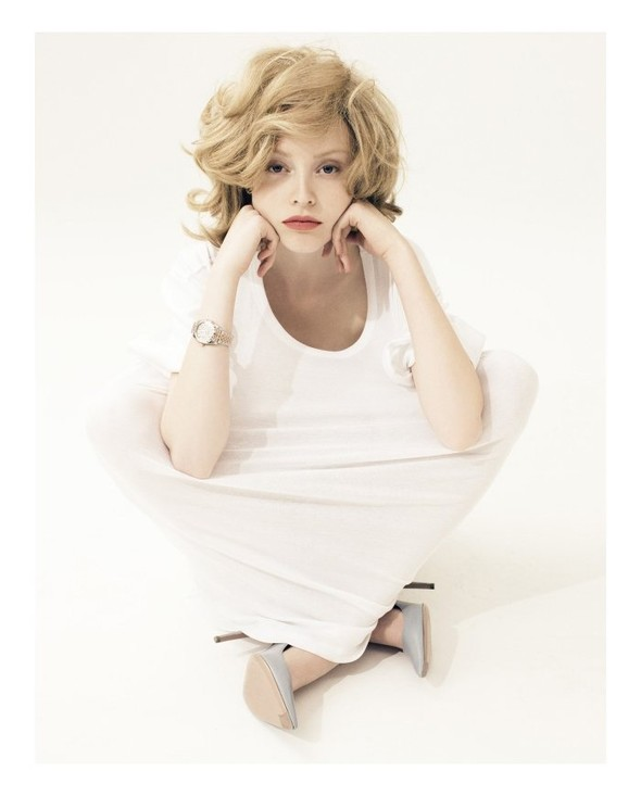 Съёмка: Микаэла Карлен для Velvet. Изображение № 5.