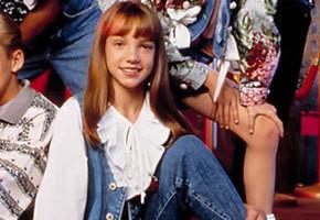 С 10 лет участвовала в телешоу «Клуб Микки Мауса» (вместе с Тимберлейком), в 16 записала первый хит «Baby One More Time», позже имела проблемы с наркотиками и алкоголем и стала легкой добычей для желтых репортеров.. Изображение № 19.
