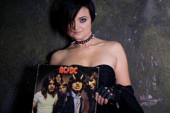 Uлия ЛорD выпускает новый альбом. Изображение № 1.