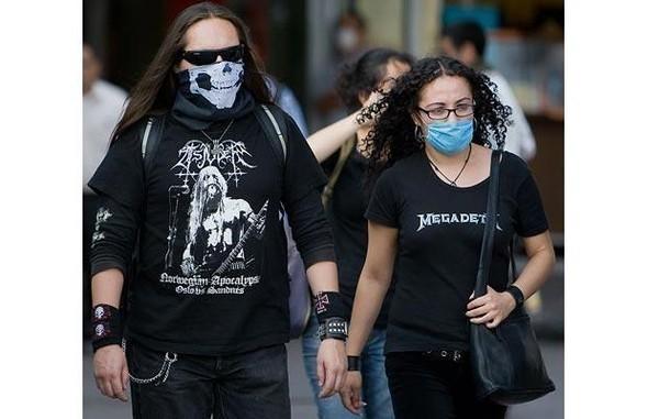 Мексиканцы прошлись юмором по«свиному гриппу». Изображение № 7.