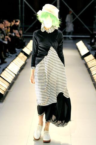 Junya Watanabe Comme des Garçons Spring 2011. Изображение № 50.