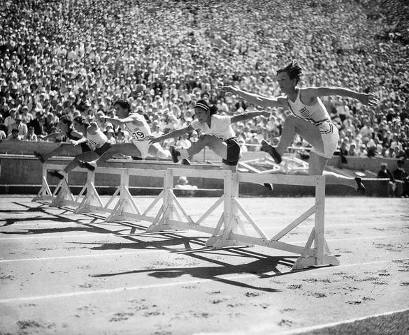 Вне игры: 25 историй с Олимпиады не про спорт. Изображение №10.