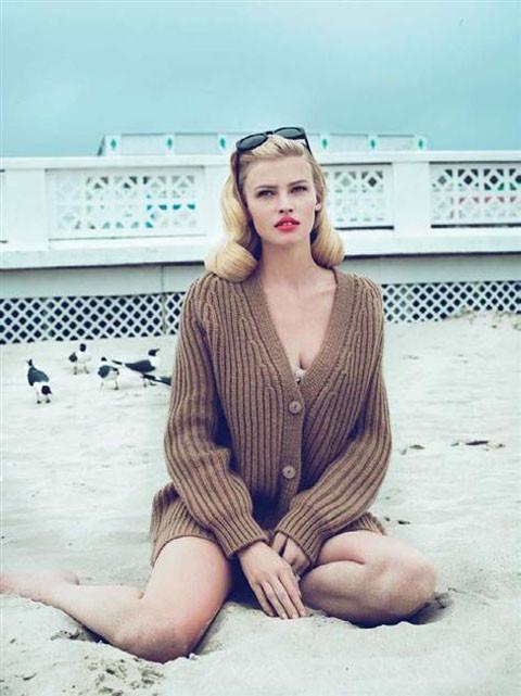 Lara Stone by Mert & Marcus for Vogue US September 2010. Изображение № 3.